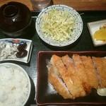 62188325 - とんかつ定食(税込み950円)