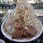 62191920 - ラーメン桜島(790円)+麺&野菜増量(200円)