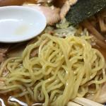 ○決 - ぷりぷりの麺