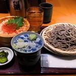 高田屋 - 鮭いくら丼とごまそば