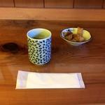 蕎香 - そば茶と蕎麦せんべい