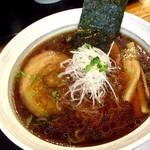 らぁめん しんば - 料理写真:醤油ラーメン750円