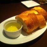 BOCA - お通し フランスパン 500円