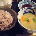 兎野六歩 - ご飯