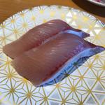 まるちゅう - 香川産活けはまち❗️コリコリで脂が乗ってますよ❗️¥220❗️