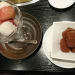 韓亭 - 練乳苺アイス 、生チョコアイス