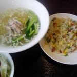 Kantonryouriajisaikan - 鶏そば炒飯¥680