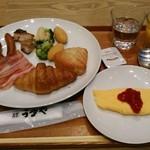 62211722 - [料理] この日チョイスした朝食 全景♪w
