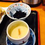 62212080 - 小鉢のひじき、茶碗蒸し