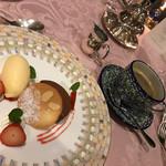 ルミエール - 特製デザートとコーヒー