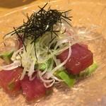 高田屋 - 三崎マグロとアボガドの彩りも綺麗!