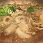 62218787 - 秋田名産、比内地鶏のきりたんぽ鍋が、グツグツと、まだか、まだかと…