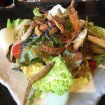 木村屋本店 - ワカサギのサラダ