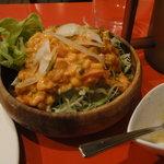 メキシコ ダイニングレストラン ブロンコ - メキシカンサラダとガーリックペースト