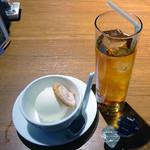 ビストロラウンジ コステリア - アイス紅茶・ミルクジェラート