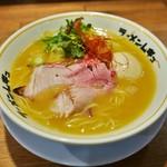 ラーメンムギュ - 濃厚鶏SOBA、味玉 計850円