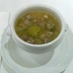 62227000 - 具だくさん野菜スープ