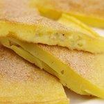 ジュンバタン・メラ - ふんわりバナナパンケーキ。