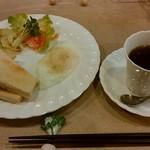 MiMi - 料理写真:「モーニングセットB」600円