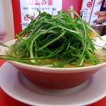 ラーメン魁力屋 - 料理写真:「みそ九条ネギラーメン」910円也+税。