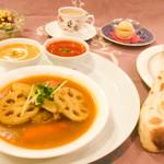 ニューマハラジャ - チキンと根菜のスープカレーセット