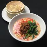 上海食府 - タンタン麺+小龍包セット