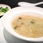 Kokyuu - ピータンと豚肉入り中国粥