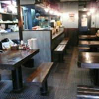 江川亭 - ファミリーはテーブル席で