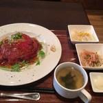 62251647 - ランチ ローストビーフ丼 ハーフ