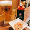 きらく亭 - 料理写真:ビールで乾杯♪もちろんソースはオタフクソース