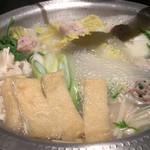 焼き鳥・炙り炭焼き をどり - 博多風鶏つくね鍋