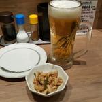 鳥珍や - 料理写真:生ビールとお通し