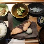 62262009 - おさかな料理<ブリ>(1280円)