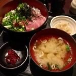 赤坂見附 個室居酒屋 串しゃぶ てまりうた - ネギトロまぐろの二色丼 @850円→@500円