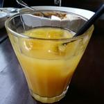 洋食屋チーフ - ローストビーフセット(1000円) オレンジジュース