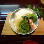 Gionnamba - 春を感じる前菜