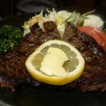三嶋亭 - ステーキのお肉は柔らかかったです