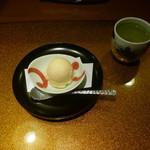 野菜割烹 あき吉 - 柚子アイスクリーム