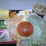 ロッテリア - ペッパーポーク&ビーフサンドセット 380円+80円