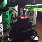 魚楽 - 日本酒好きにはたまらない純米マスタワー