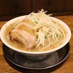 富士タンメン - 野菜大盛無料ガツ盛り  富士力麺