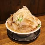 富士タンメン - 野菜大盛無料 ガツ盛り豚麺