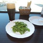 アビオン - 黒生ビールと枝豆