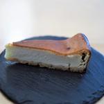 calme - フルムダンベールのチーズケーキ