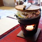 いろり庵 - 豆乳鍋は無水鍋