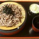 おみやげ・お食事処 神田家 - 料理写真:『ざるそば』