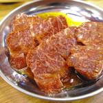 焼肉バカ一代 - カルビ(680円)