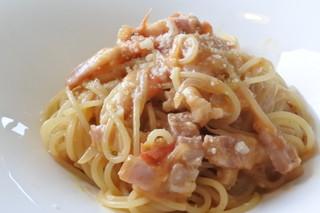 レストランティーズ - フレッシュトマトとベーコンのアーリオ・オーリオ