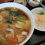 紅燈籠 - 料理写真:日替わり麺ランチ(広東麺) 702円