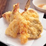 毘沙門天 - 職人が揚げるさくさく揚げたて天ぷら